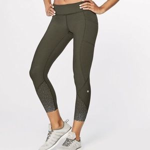 New Lululemon full pants size 4
